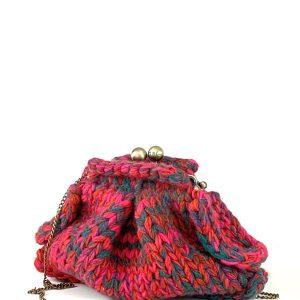borsa lavorata a maglia fucsia