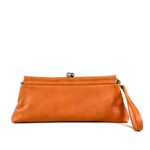 pochette in pelle liscia colore arancio